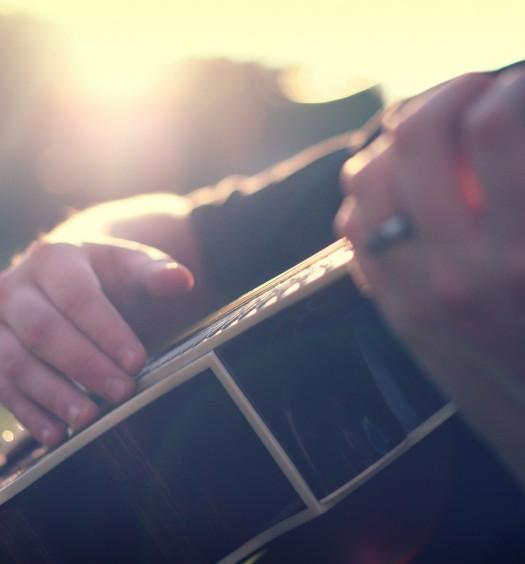 guitar-hands